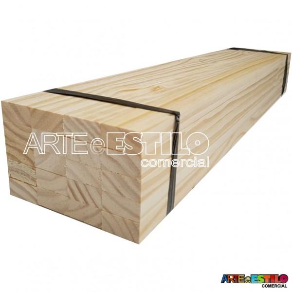Fardo com 40 ripas de pinus 2x1cm com 100 cm de comprimento cada
